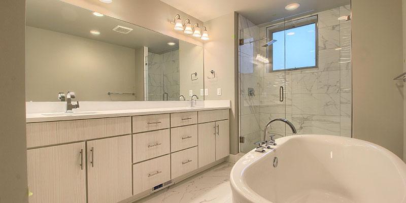 unit-e-05-master-bathroom